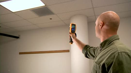 Fluke IR-Fusion® Technology for Building Diagnostics and Inspection