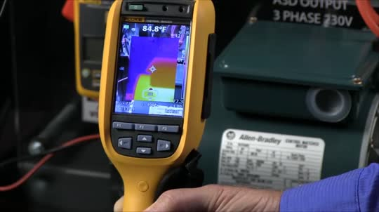 How to Connect a CNX™ Module Using a Fluke Thermal Imager