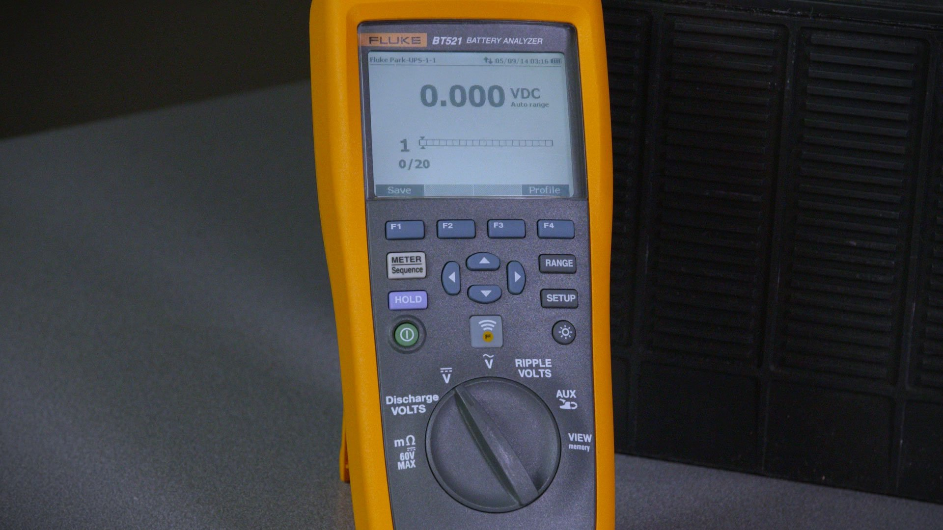 Battery Analyzer Seri 500