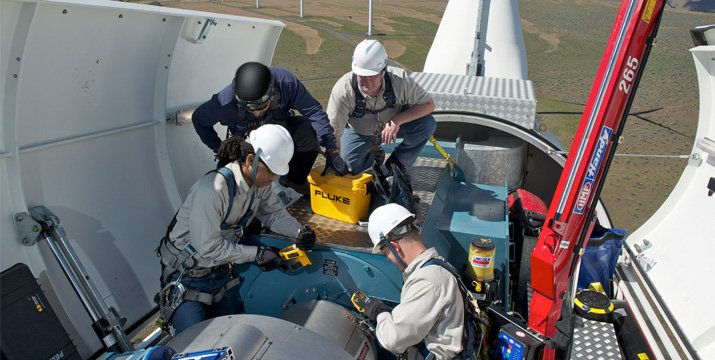 Safe practices for troubleshooting wind turbines