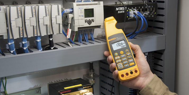 Measuring current on a 4-20 milliamp process control loop