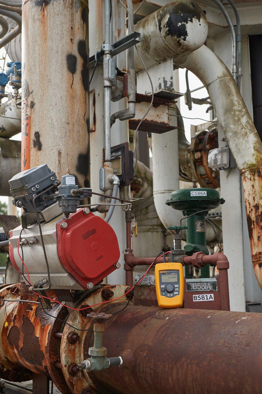 Fluke 710 阀门测试仪对流程制造设施的 HART 控制阀进行故障排除