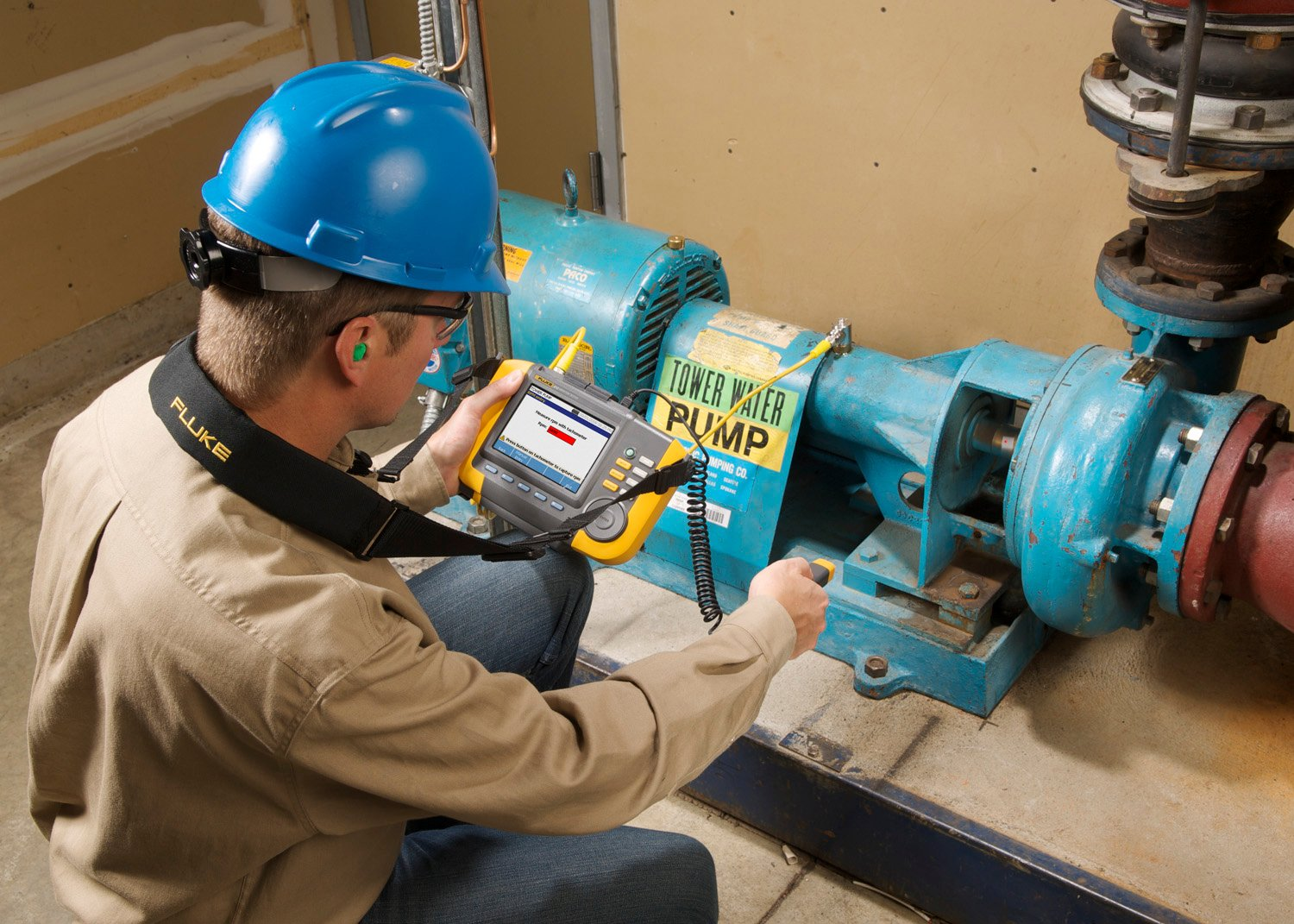 Analyzing motor vibration with the Fluke 810 handheld vibration tester