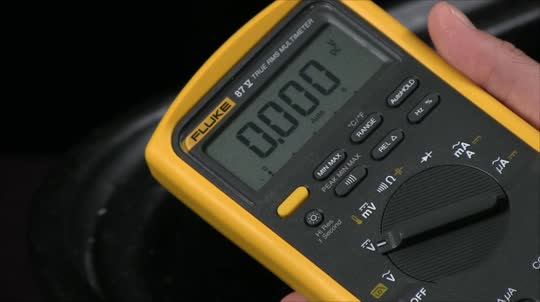 How to Take Measurements in Harsh Environments with a Fluke 28 Series II