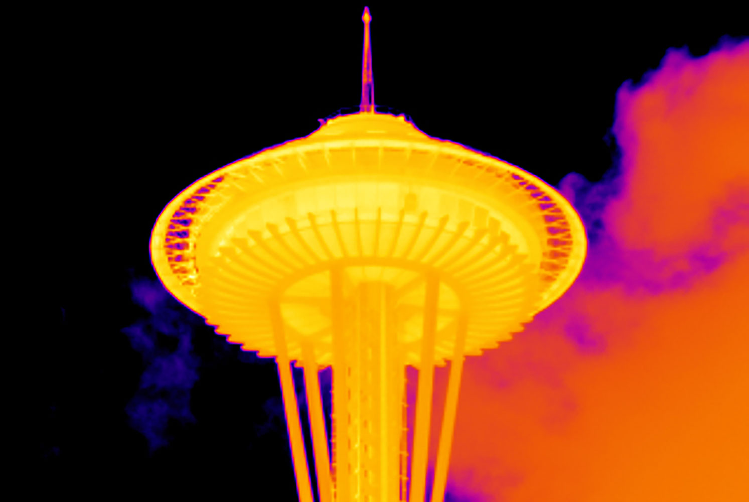 Seattle Space Needle with 2x telephoto lens on a TiX560