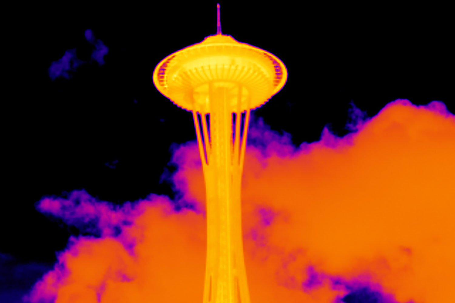 Seattle Space Needle with standard lens on a TiX560