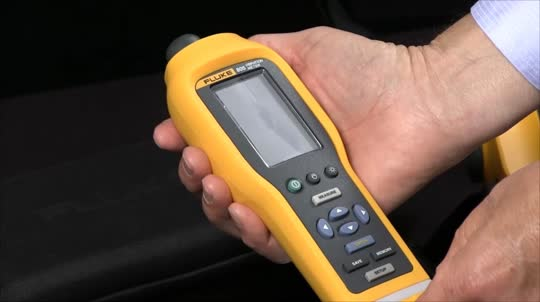 What are the Differences Between the Fluke 805 and Fluke 810