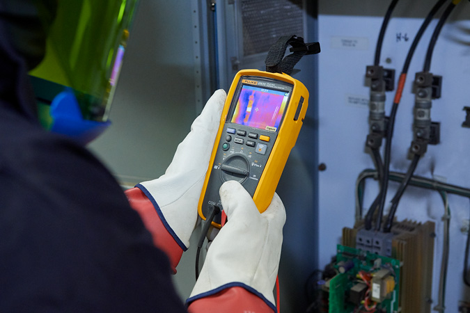 Fluke 279 FC Thermal Multimeter - Continental Carbonics