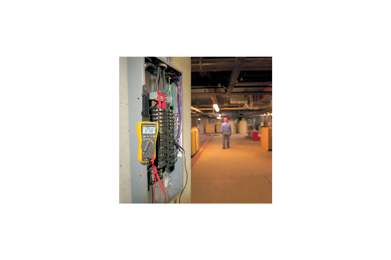 Fluke 117 The Ideal Multimeter For Electricians Wiring A Simple Lighting Circuit Sparkyfactscouk