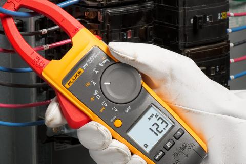 DMM vs. Clamp Meter