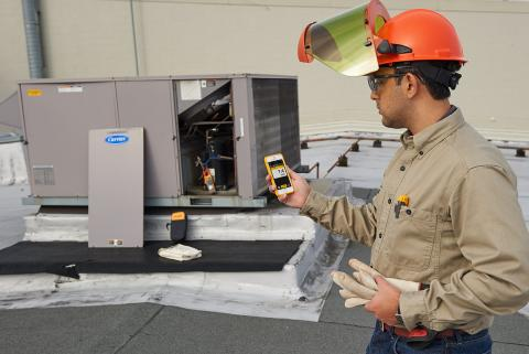 Leading facility solutions firm upgrades popular instrument with Fluke Connect model