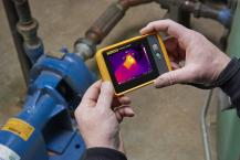Small camera. Big results. The Fluke PTi120 Pocket Thermal Imager