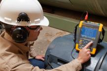 Measuring motor shaft voltage discharges with Fluke MDA-550 Motor Drive Analyzer