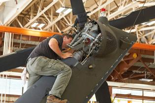 Maintaining the 'mind-blowing' helicopters of the 28th Combat Brigade