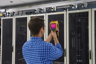 Using thermal imaging in data centers