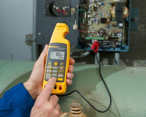 Dual Impedance Digital Multimeters | Fluke