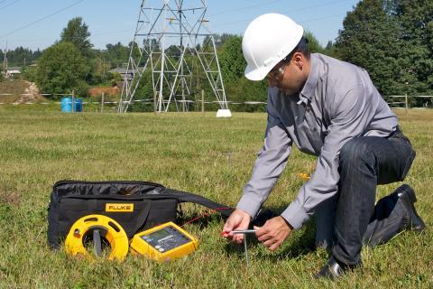 Los Detectores De Tensión Contestan Su Primera Pregunta De Pruebas Eléctricas | Fluke