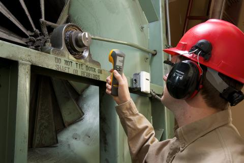 From Screwdrivers To Testers: Vibration Analysis Comes Of Age | Fluke