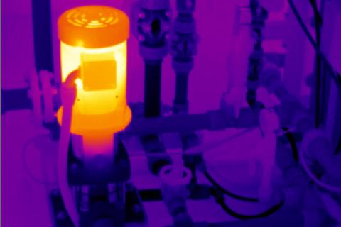 The Role Of Thermal Imagers In Testing A Centrifugal Chiller | Fluke