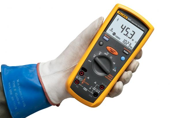Fluke 1577 Insulation Multimeter Image 03