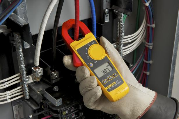 Fluke 325 True-RMS Clamp Meter with DC Current & Frequency