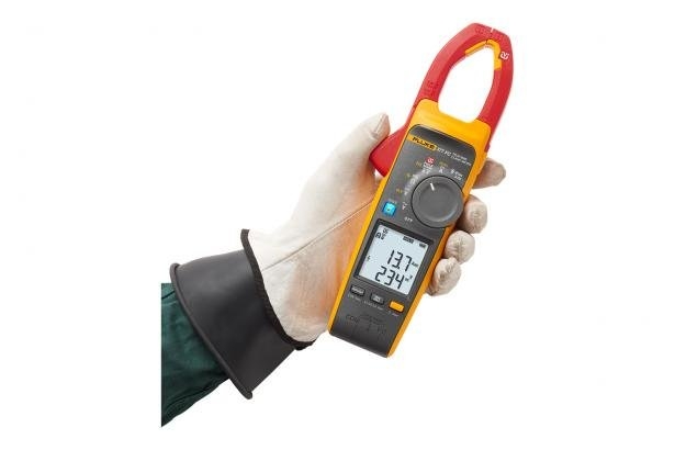 Fluke 377 FC uses FieldSense technology for faster, safer testing.