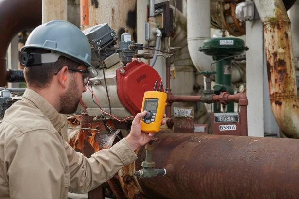 Fluke 710 Valve Testing Loop Calibrator with HART communication