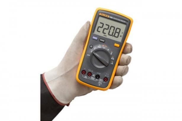Fluke 15Bplus Digital Multimeter 2