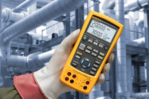 Fluke 726 Precision Multifunction Process Calibrator 2