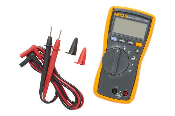 Fluke 110 True-rms Digital Multimeter with included equipment