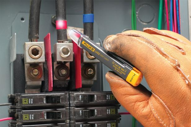 Fluke LVD2 Non-Contact LED Light Voltage Tester | Fluke