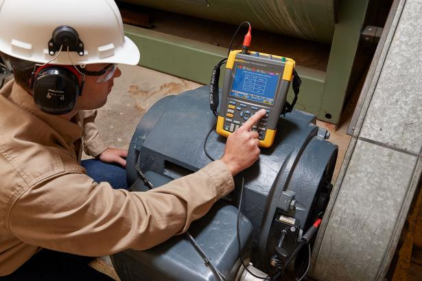 Shaft voltage measurements with Fluke MDA-550