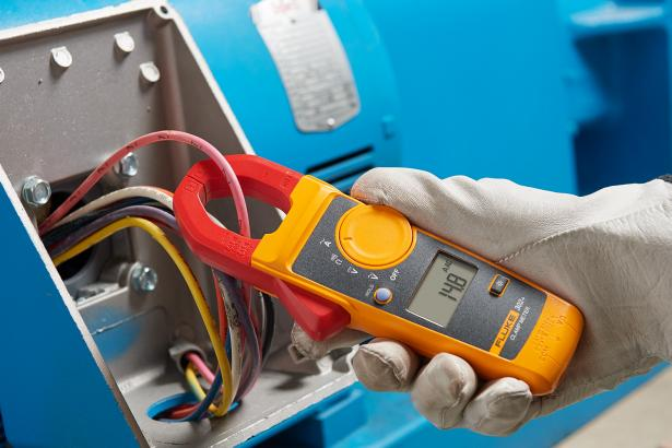 Fluke 302+ CAT III Digital Clamp Meter