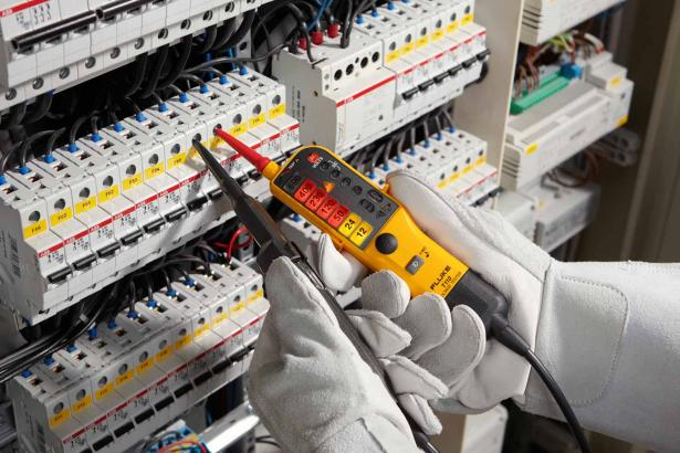 Fluke T110 Two-pole Voltage and Continuity Electrical Tester