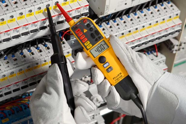 Fluke T130 Two-pole Voltage and Continuity Electrical Tester