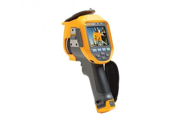 Gas Detection Infrared Camera: Fluke Ti450 SF6 | Fluke
