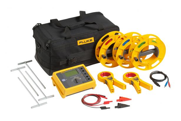 Fluke 1623-2 GEO Earth Ground Tester Kit