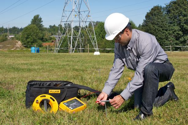 Fluke 1625-2 GEO Earth Ground Tester With (AFC) | Fluke