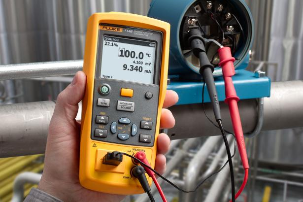 Fluke 714B Thermocouple Calibrator | Fluke