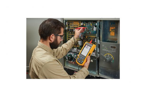 Fluke 120B Series Handheld Digital Oscilloscope | Fluke