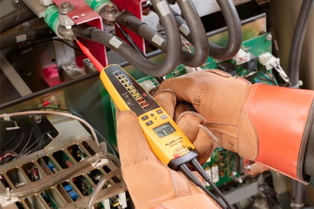 Fluke T+PRO Electrical Voltage Tester | Fluke