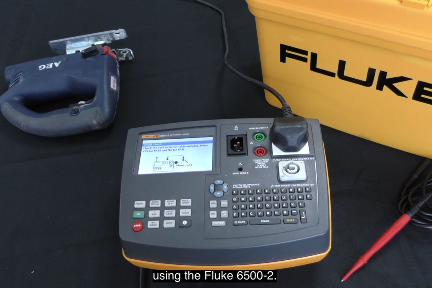 Fluke Training Library Demos Videos App Notes Auto Wiring Circuit Wire Light Up Electrical Lead Tester Tool Testing How To Test Class Ii Appliance